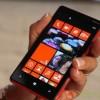 Alla fine Microsoft ha deciso di mandare in pensione il nome Nokia correlato ai nuovi smartphone Lumia. Certo, sarà dura non menzionare più un marchio così famoso, che per anni è stato il cardine della telefonia mobile. Nel commercio, si sa, vince il più forte e Microsoft, oggi, è una delle aziende hi-tech più potenti continua..