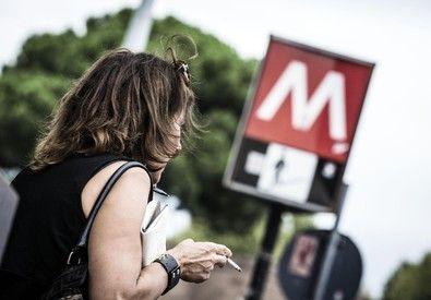 Roma, Treni Metro Fermi: Controsoffitto ha Ceduto