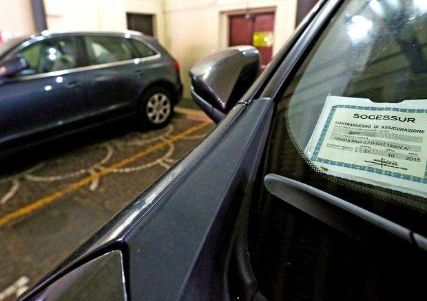 RC Auto, Addio Tagliando sul Parabrezza