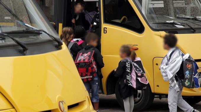 Civitavecchia, Bimba Dimenticata su Scuolabus