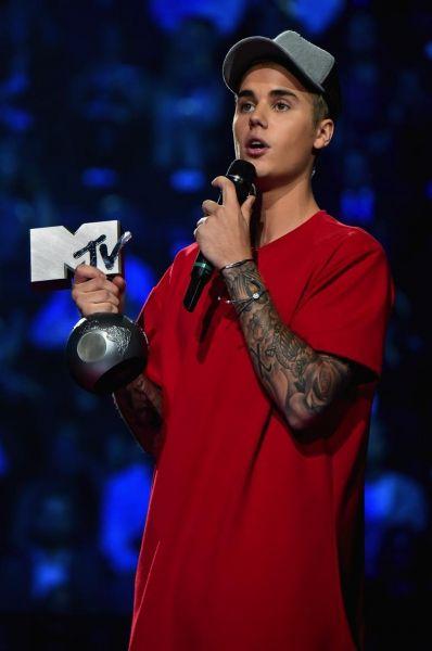 MTV, Justin Bieber Ottiene Best Male