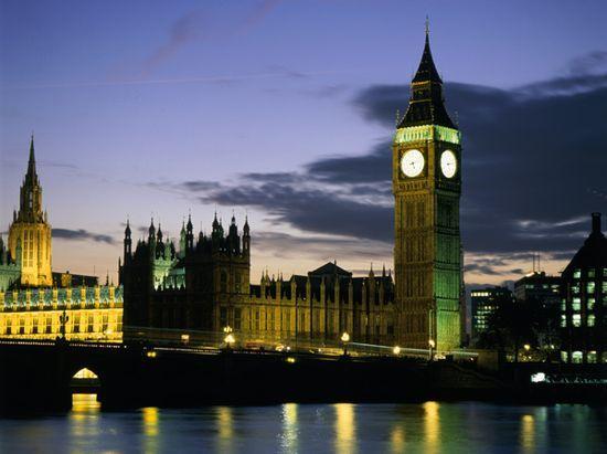 Big Ben Cade a Pezzi: Ristrutturazione Necessaria