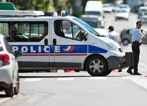 Marsiglia, Professore Aggredito da Jihadisti