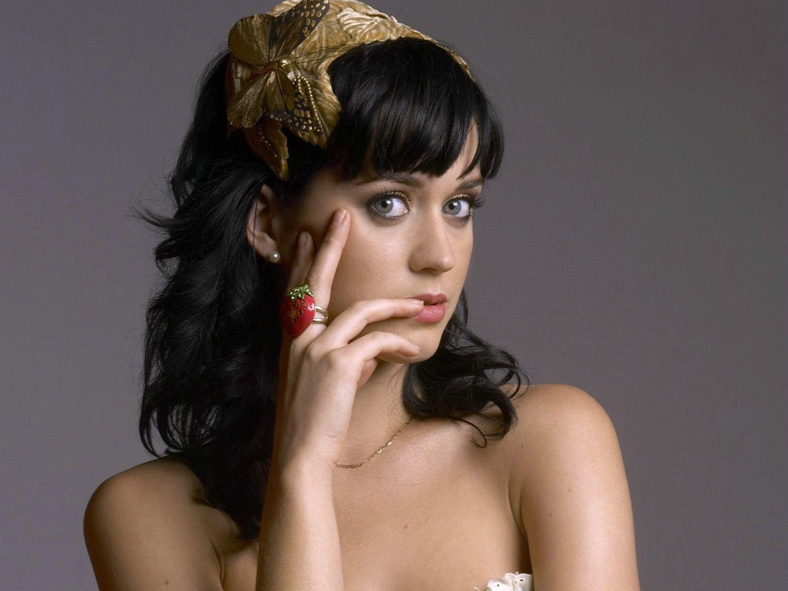 Katy Perry Popstar più Ricca al Mondo