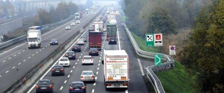 A1, autobus ribaltato nel tratto Ferentino Anagni