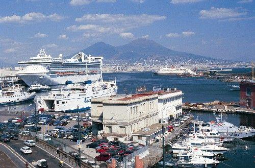 Porto di Napoli pronto al rilancio