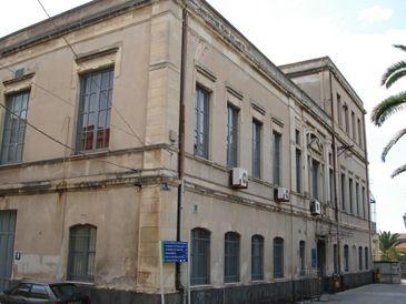 Catania, allerta meningite: donna in terapia intensiva