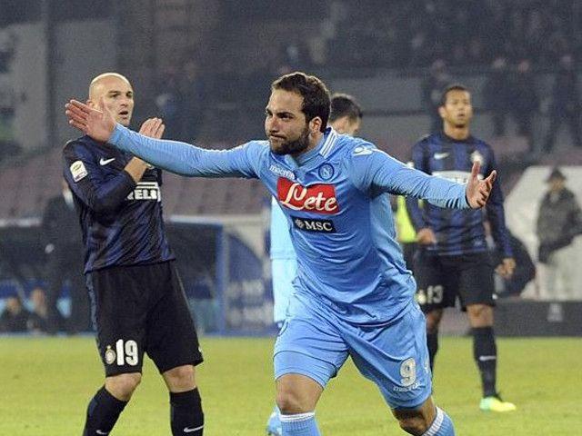 Napoli batte Inter, Higuain matador