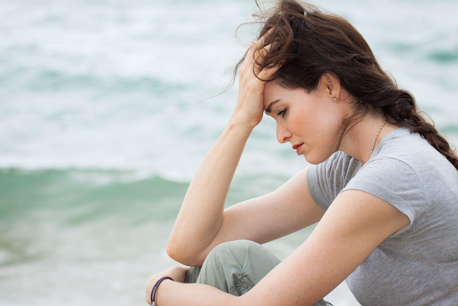 Sindrome premestruale: sintomi debilitanti, alimentazione per combatterla