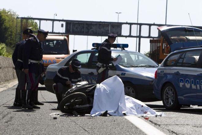 Roma, Incidente sul GRA: Scooterista Investito da Mezzo Pesante