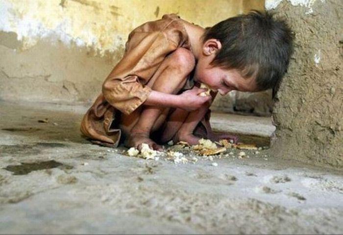 A Madaya, in Siria, è emergenza umanitaria. Molti bimbi e adulti muoiono di fame