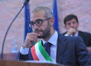 Antonio Cozzolino Aggredito sotto Casa
