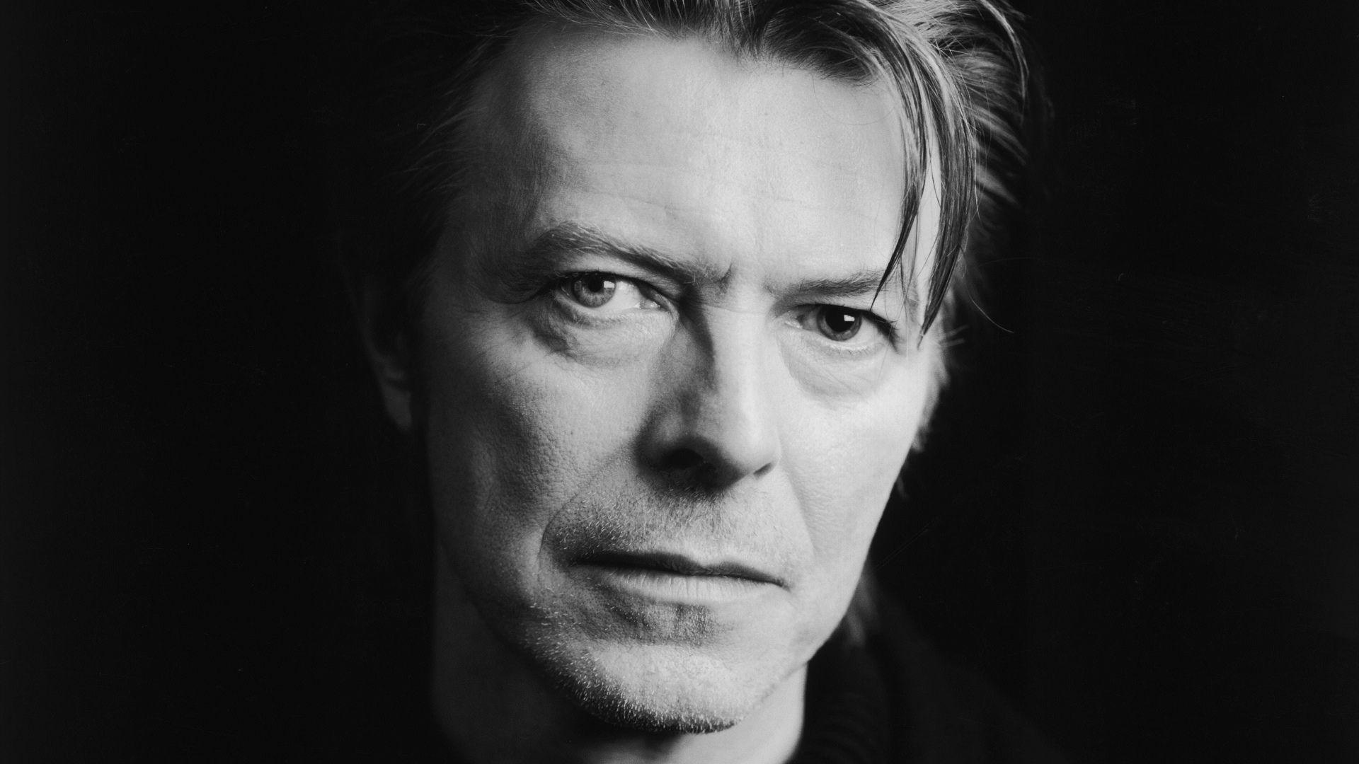 David Bowie muore per male incurabile a 69 anni