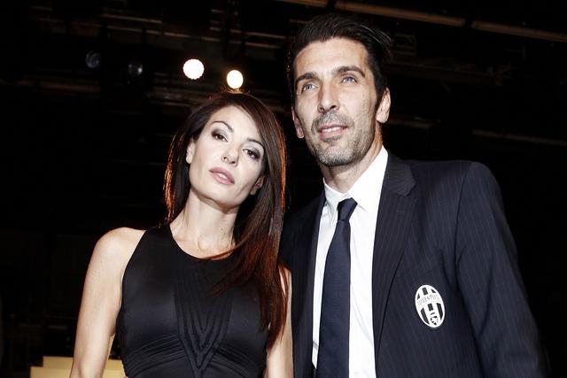 Gigi Buffon Festeggia 38 Anni con Ilaria D'Amico