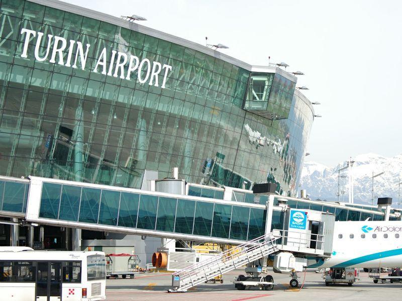 Pacco bomba aeroporto di Torino? No, involucro non poteva deflagrare