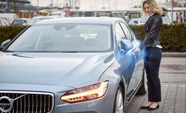 Volvo Manda in Pensione Chiave: Arriva App