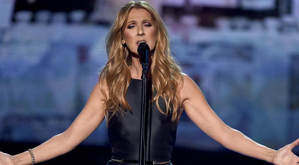 Celine Dion sul Palco dopo Morte René Angelil