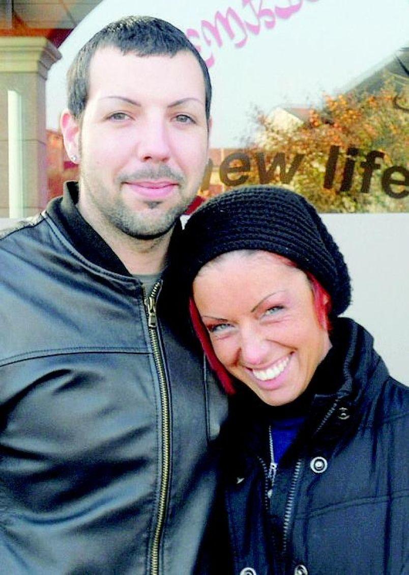 Sfregiò con Acido Ex: Giudici Tolgono Figlia a Elena Perotti