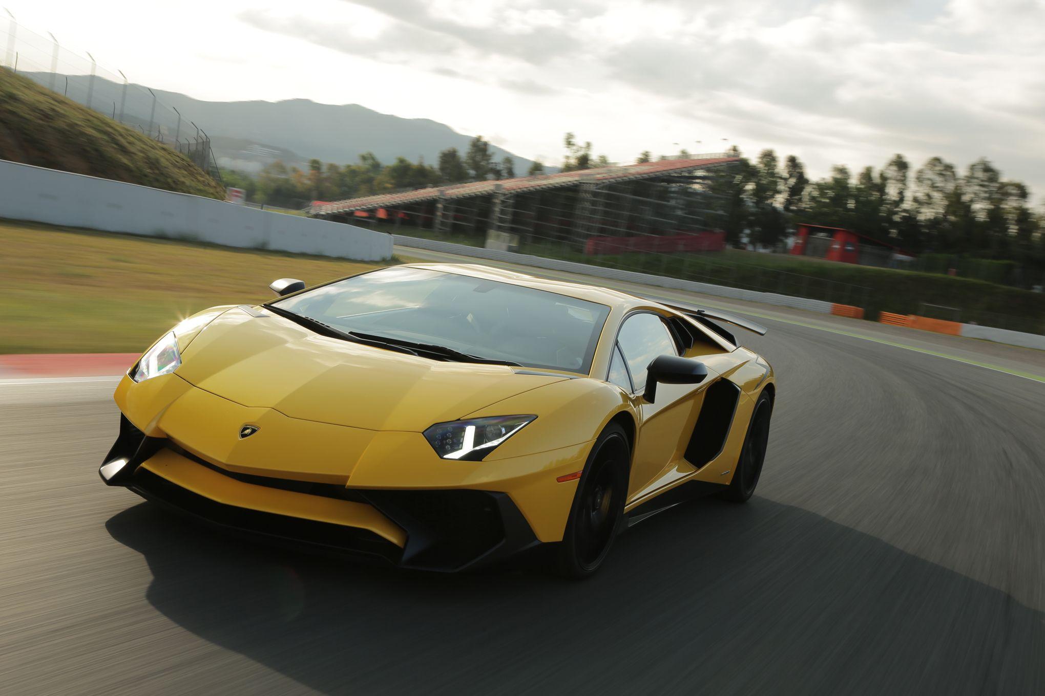 Lamborghini: Vendite in Aumento, 2015 Anno Memorabile