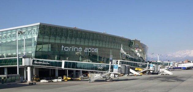 Marocchino scavalca recinzione aeroporto Caselle