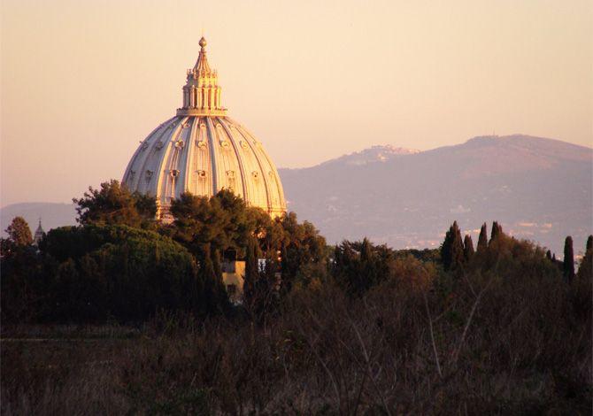 Roma, corpo esanime nel Parco del Pineto