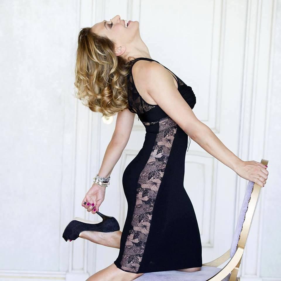 Barbara D'Urso Posta Scatto per Festeggiare Successo 'Domenica Live'