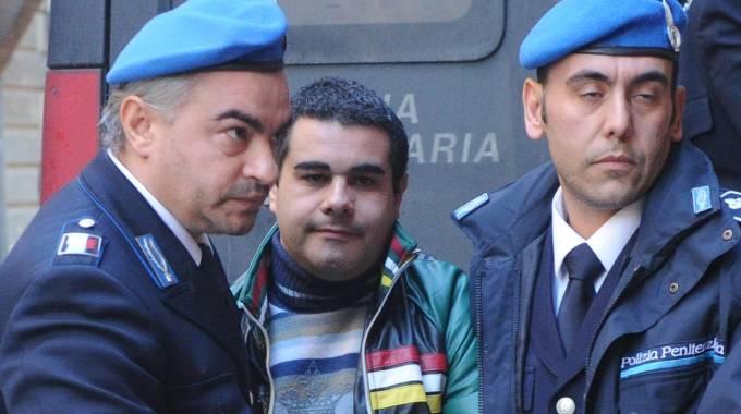 Uccise compagna e nascose corpo nel congelatore: condannato