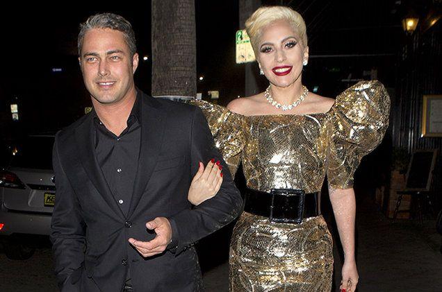 Lady Gaga offre torta compleanno ai fan