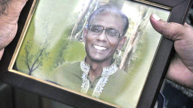 Docente ucciso con machete in Bangladesh