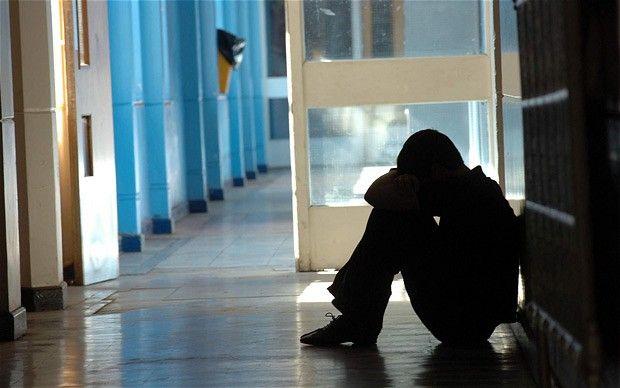 Palermo, violenze a scuola