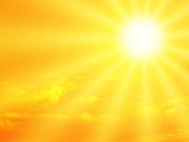 Auto alimentata con energia solare