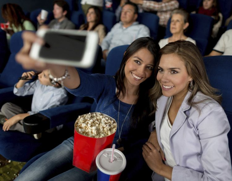 Cinema smartphone-friendly