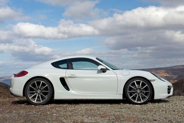 Porsche 718 Cayman: bella e potente