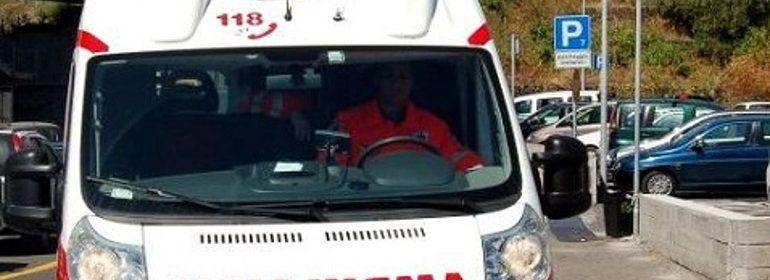Reggio Emilia, medico causa incidente e fugge