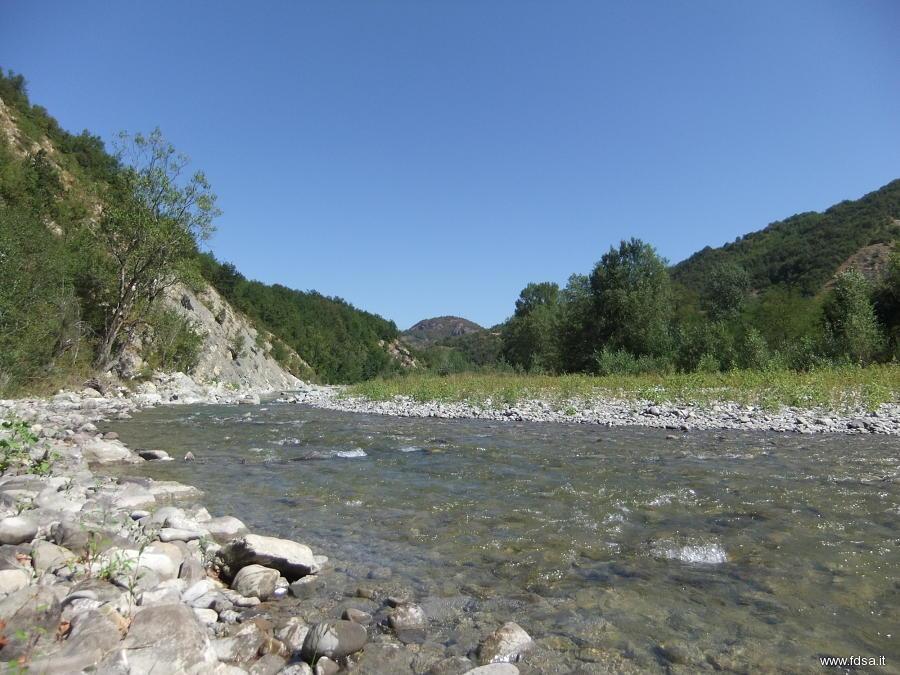 Canossa, 24enne muore annegata nel torrente Enza