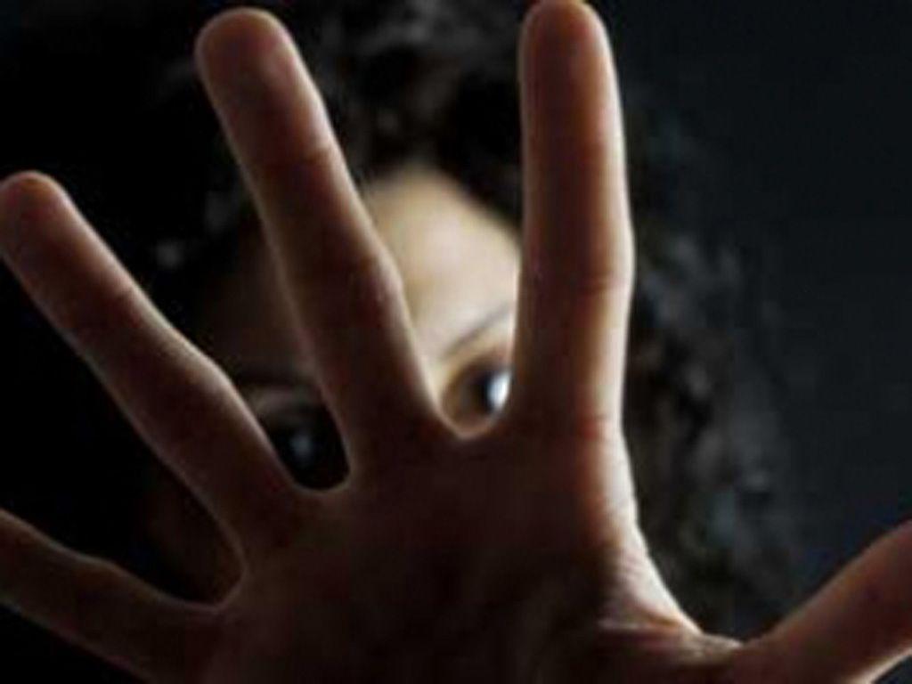 Arezzo, stuprata in casolare da tre nordafricani