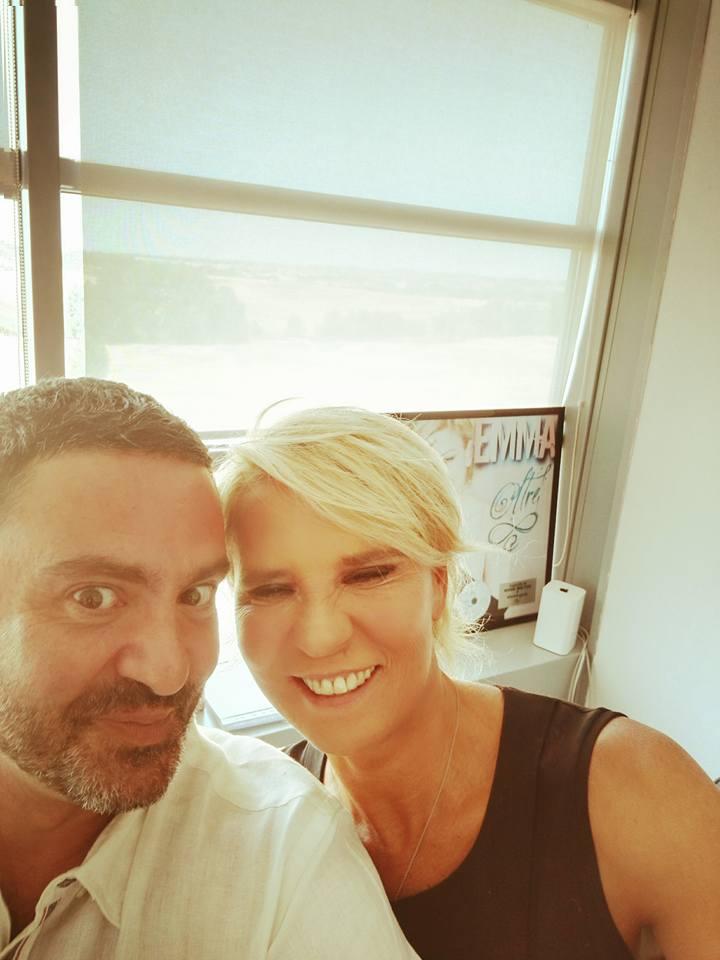 Maria De Filippi: viso anomalo in selfie con Alberto Dandolo