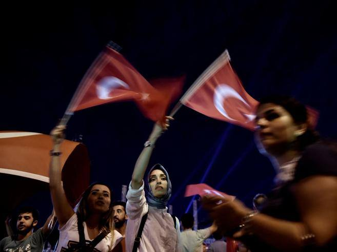 Amnesty International segnala torture golpisti in Turchia