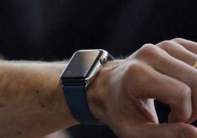 Pericolo smartwatch, possono registrare pin bancomat