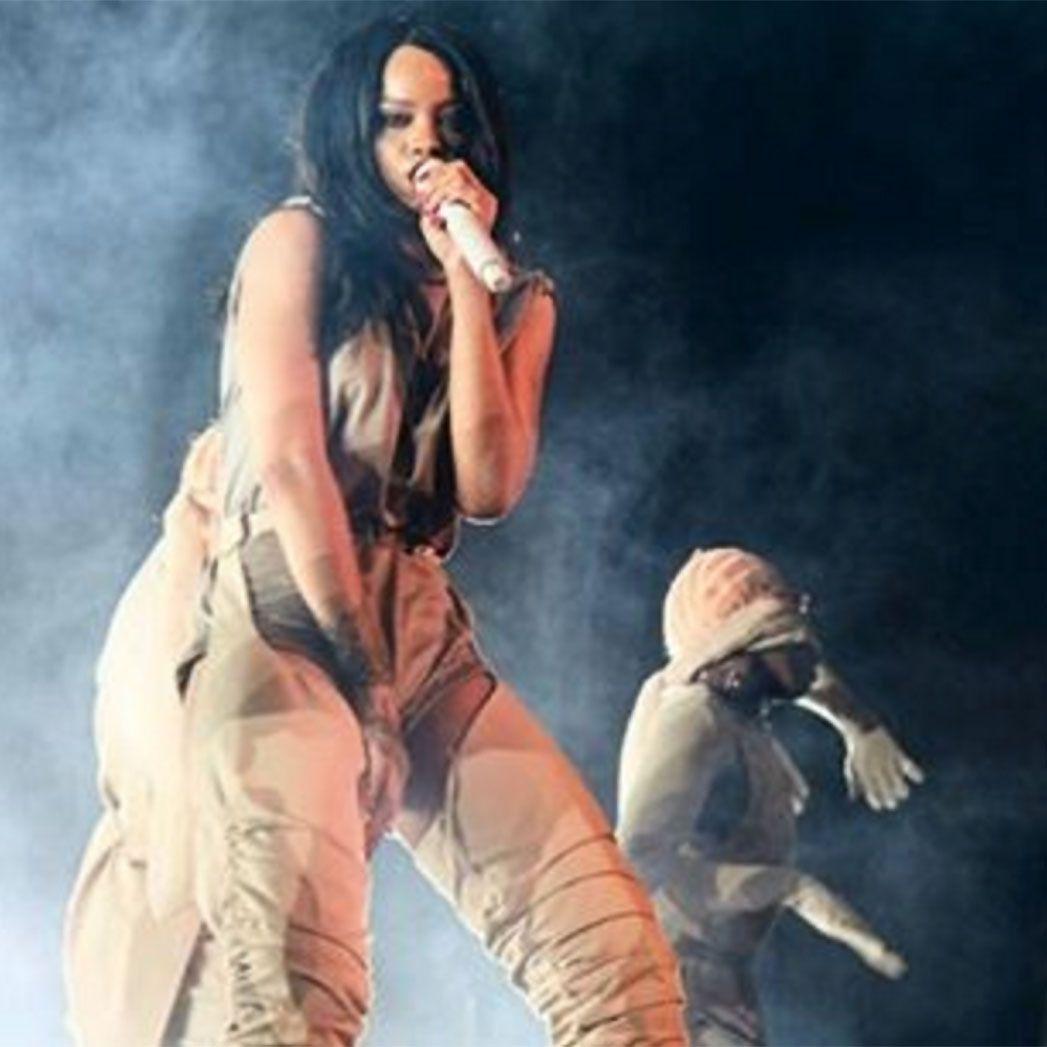 Rihanna incanta Torino