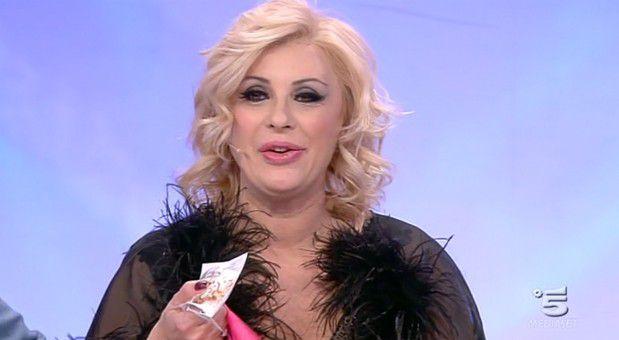 Uomini e Donne news: Maria De Filippi 'innamorata' di Gemma