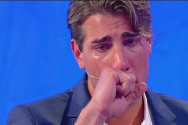 Temptation Island Vip Nicolò Ferrari piange Il tempo non si è mai fermato