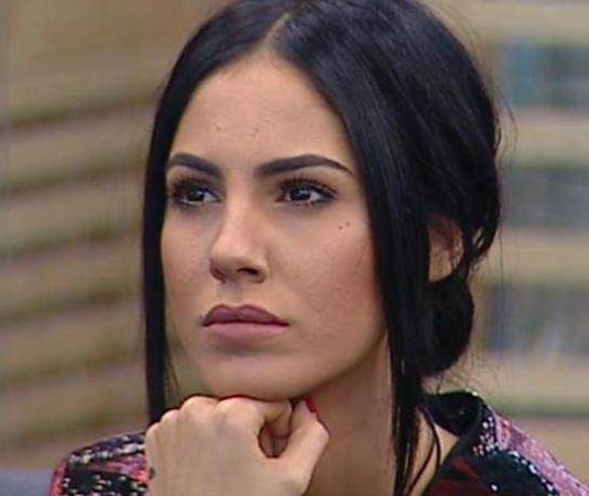 """Giulia De Lellis confessione shock: """"Sono stata mollata qualche giorno prima di partire"""""""